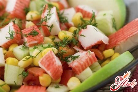 салат из крабовых палочек с помидорами