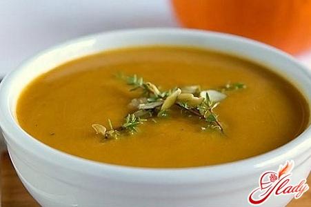 гарбузовий суп пюре з вершками