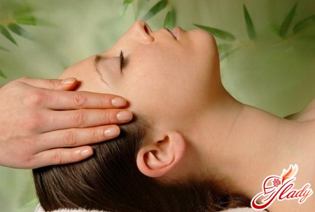масаж для обличчя в домашніх умовах