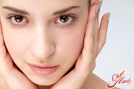 масаж обличчя будинку