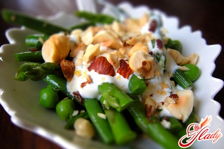 салаты легкие овощные