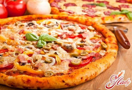 пицца с ветчиной и сыром рецепт с фото