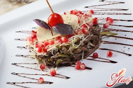салат из языка со свежим огурцом