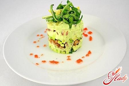 салат авокадо огурец