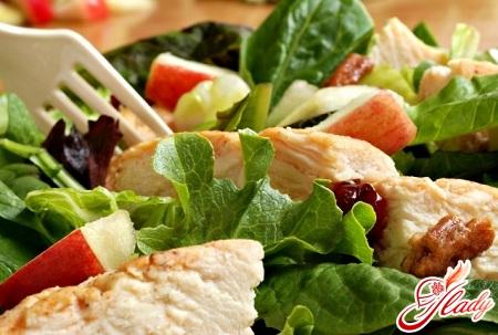 салат с курицей и китайской капустой