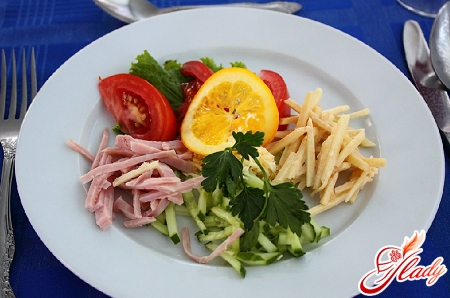 салат ветчина сыр огурец