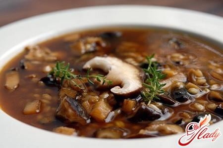 вкусный суп гороховый с грибами