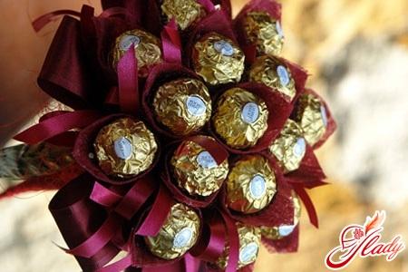 красивые цветы из конфет своими руками