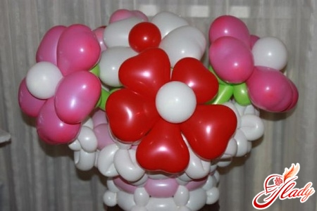 Как сделать цветы из воздушных шаров своими руками