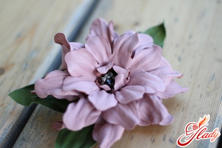 цветы из кожи своими руками