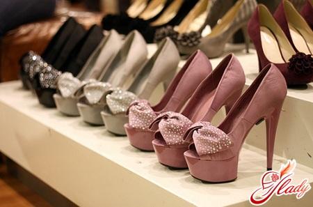 как убрать запах из обуви самостоятельно