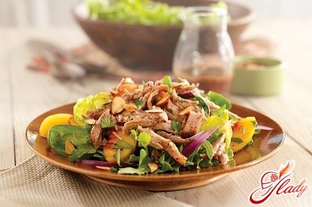 Салат из мяса свинины: сытно и аппетитно