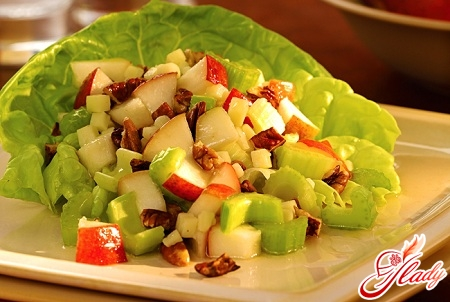 салат из стебля сельдерея
