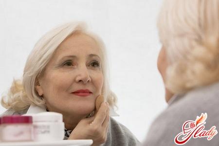 правильный уход за кожей лица после 50 лет