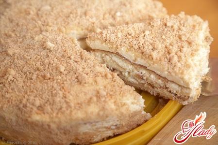 вкусный бисквитный торт со сгущенкой