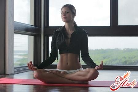 упражнения йоги для начинающих