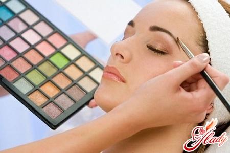 как сделать правильную форму бровей и покраску