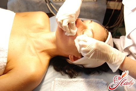 какая чистка лица лучше подойдет для проблемной кожи