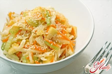 морковью яблоком салат Витаминый с