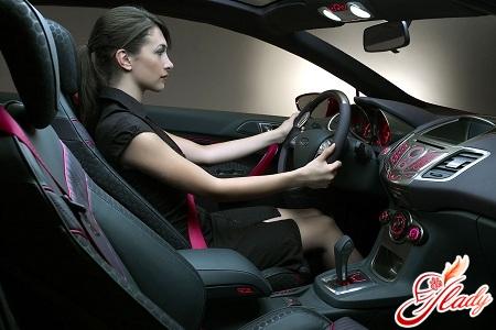 Как управлять автомобилем с механической коробкой передач