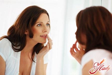 качественный тональный крем для комбинированной кожи