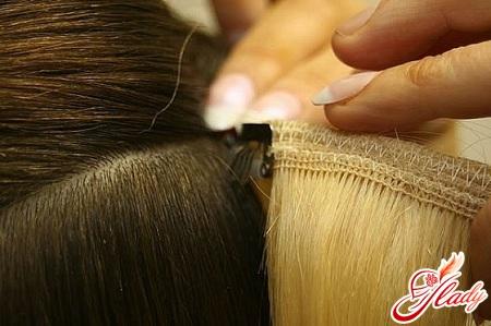 как крепить нарощенные волосы на заколках