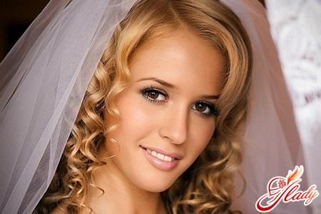 правильный свадебный макияж для карих глаз