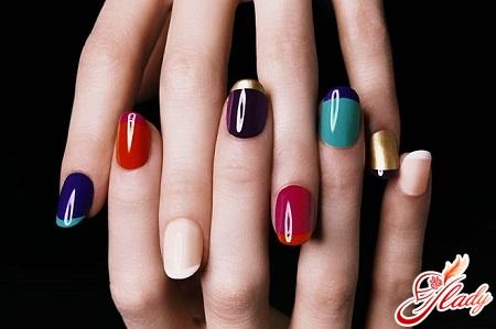 модный красивый маникюр на коротких ногтях