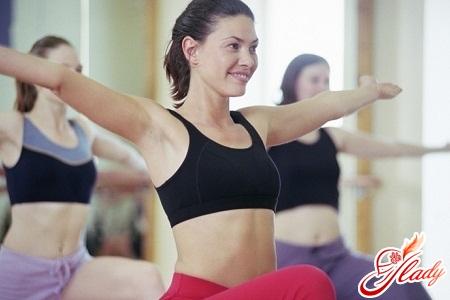 упражнения для упругой груди