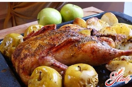 тушеная утка с яблоками рецепт