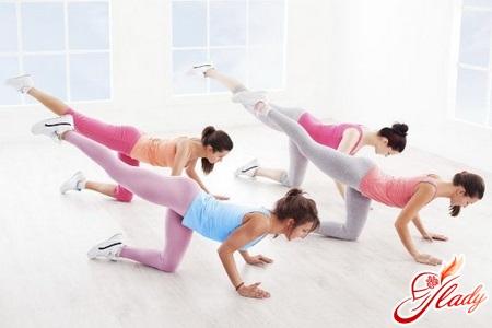 какие упражнения надо делать чтобы похудели ноги