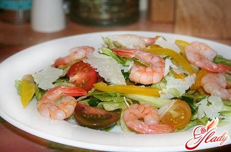 1 средний огурец.  8 разных помидор черри.  Лёгкий, свежий и просто вкусный салат.