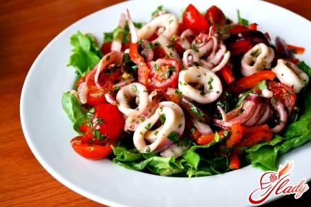 салат из кальмаров с грибами рецепт