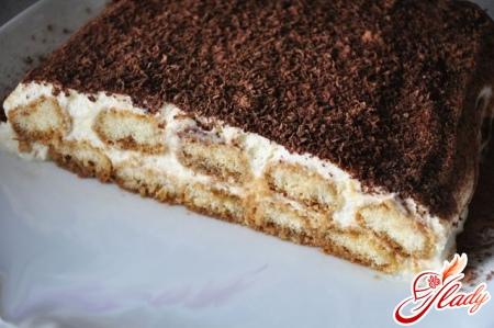 вкусный торт из печенья и сметаны