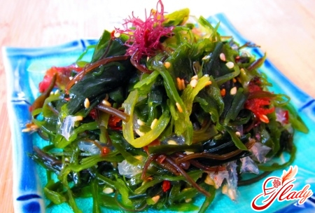 салат морская капуста яйцо