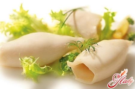 сколько варить кальмары на салат