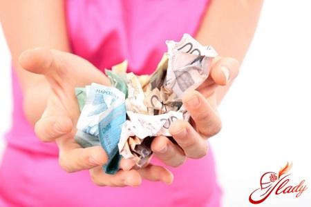 Вопрос, волнующий многих женщин: можно ли подать на алименты, находясь в браке?