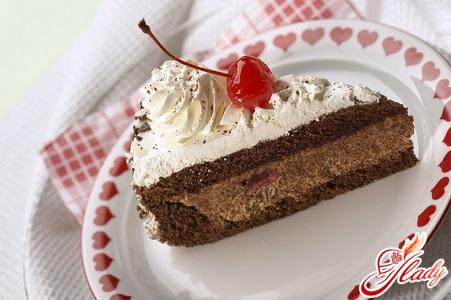 шоколадно вишневый торт