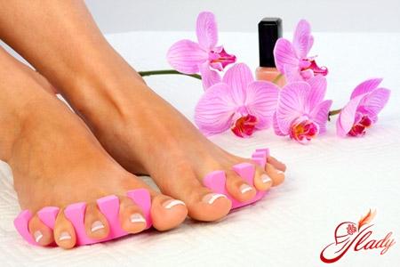 почему слоятся ногти на ногах
