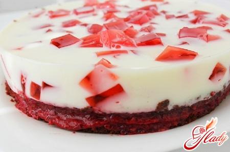 торт желейный с бисквитом