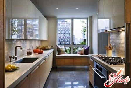 дизайн интерьера кухни с балконом