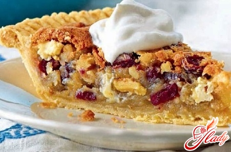 пирог с яблоками и клюквой
