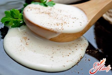 Готовим соусы: бешамель для вкусной лазаньи