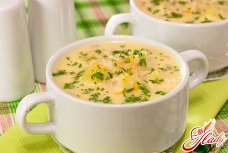 Сырного супа из плавленного сыра с фрикадельками