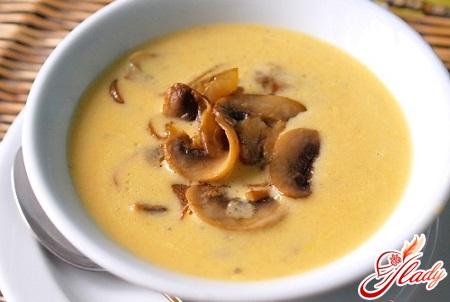 крем суп сырный с грибами