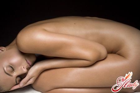 трещины на половых губах