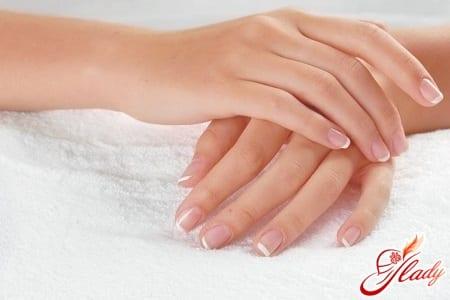 лечение белых точек на ногтях