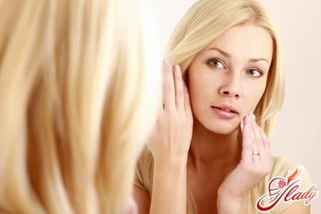 причины появления бородавок на лице