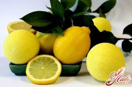 выведение запаха с помощью лимонного сока