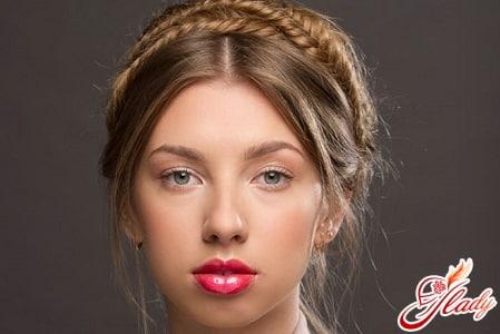 французская коса в виде ободка
